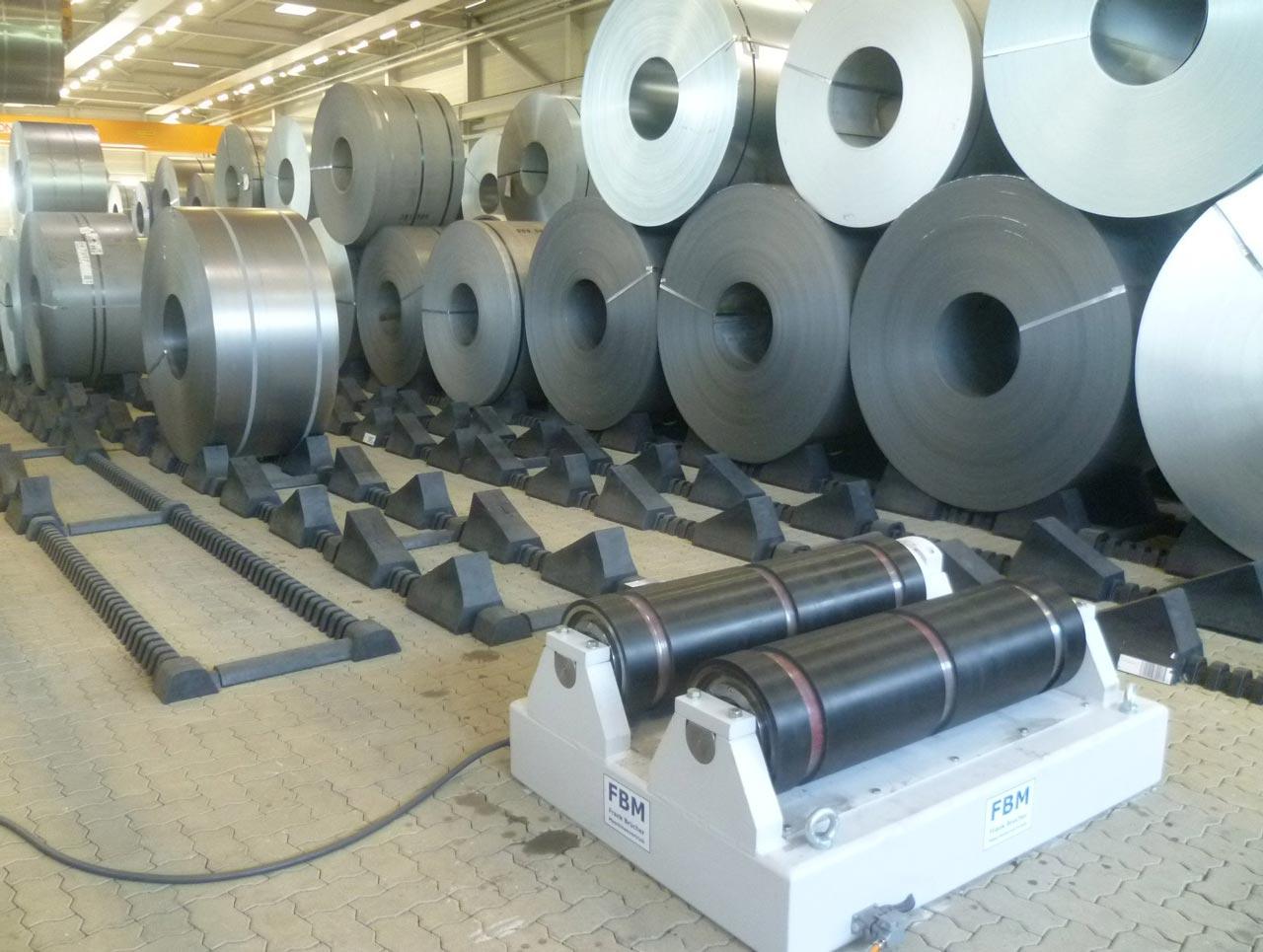 Coilprobenentnahme, coilvorbereitung, coil probe entnehmen, coilwender, coil wenden, coil drehvorrichtung, coil abwickeln, coil prüfen, coil drehen, coilvorbereitungsstation, coil drehstation, coilhandling, blechprobe, coilprobe, cvs, coilbock, coilabrollbock, Probenentnahme