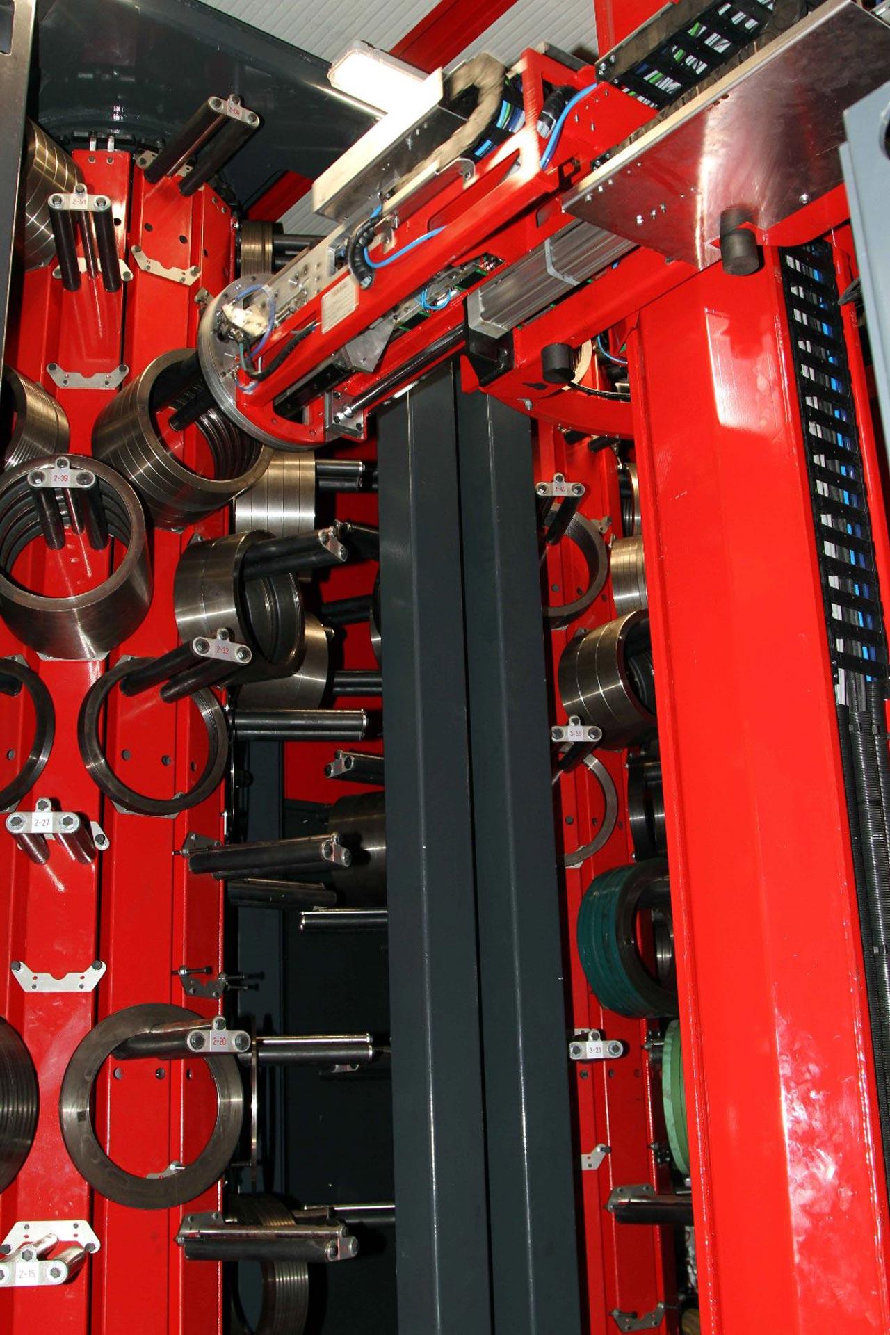 Messerbauroboter, Werkzeugbauroboter für Längsteilwerkzeuge, Werkzeugturm, Drehturm